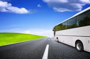 Busreisen: Preisgünstige Alternative mit vielen Vorteilen