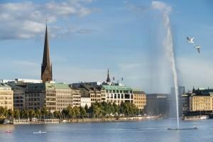 Hamburg erleben – nostalgische Alsterrundfahrten für jeden Geschmack