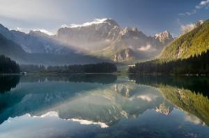 Alpenseen: Erkundungstour mit dem Auto