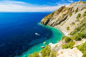 Dolce Vita auf einem Yachtcharter in der Toskana